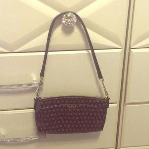 ❤️ DKNY Hand Bag ❤️